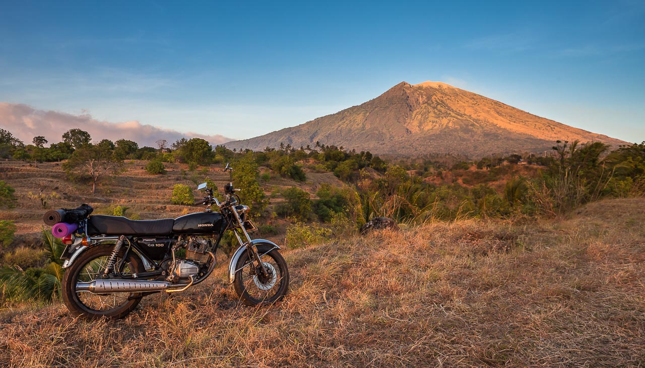 Motorbike trip in Bali around Agung Volcano