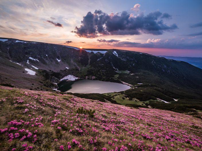 Cindrel mountains Sibiu Iezer lake photographer ionescu vlad