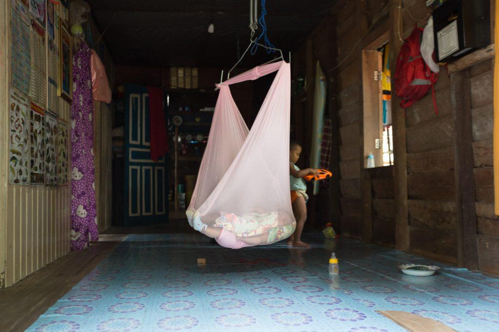 baby indonesia kalimantan karimata photographer ionescu vlad