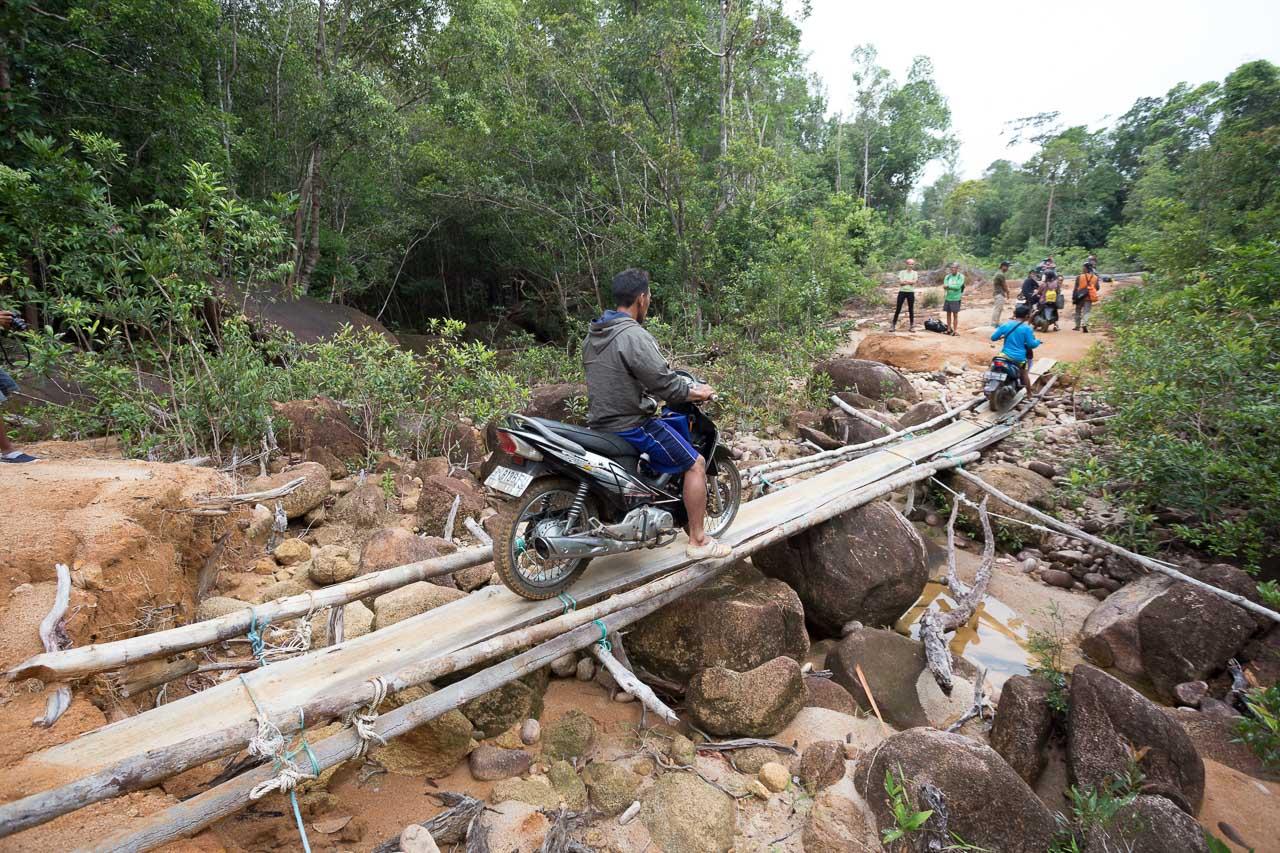 bridge karimata island kalimantan indonesia ionescu vlad