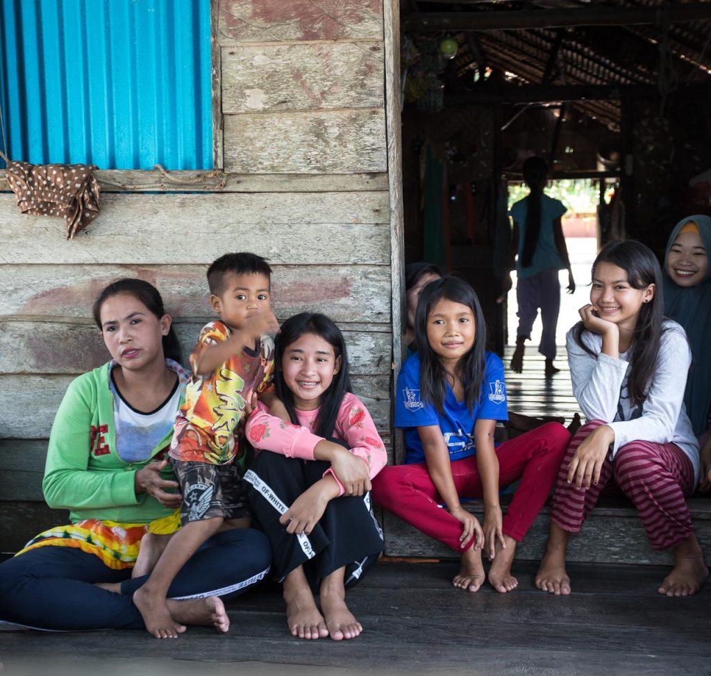 photo tours indonesia borneo photographer ionescu vlad