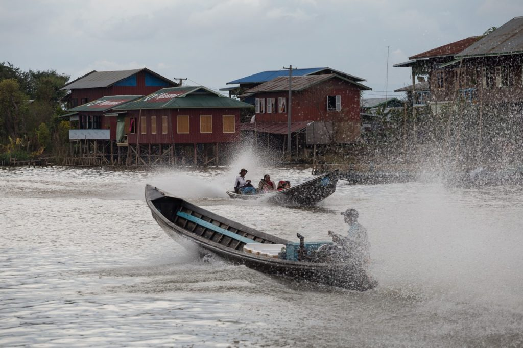 Ionescu Vlad Myanmar Burma travel Photographer InleLake 111