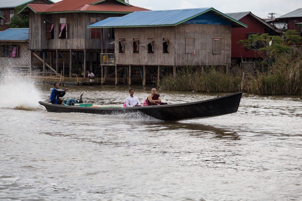Ionescu Vlad Myanmar Burma travel Photographer InleLake 110