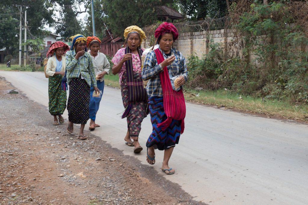 Ionescu Vlad Myanmar Burma travel Photographer InleLake 98