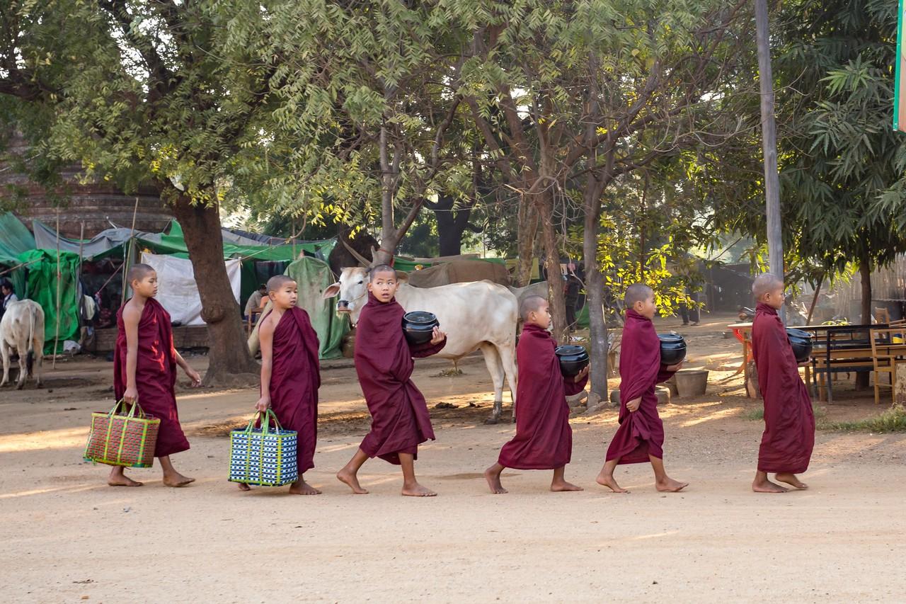 ionescu vlad travel photographer myanmar burma bagan4