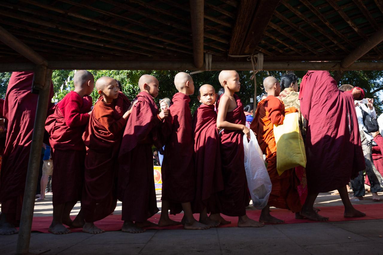 Vlad-Ionescu-Ananda-Festival-Myanmar-109